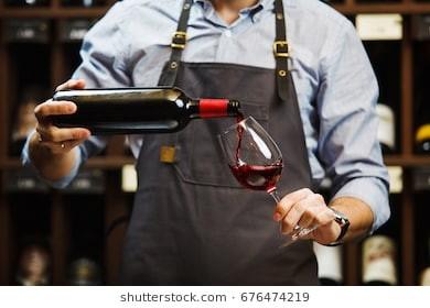 Les vins, les bières et les  alcools