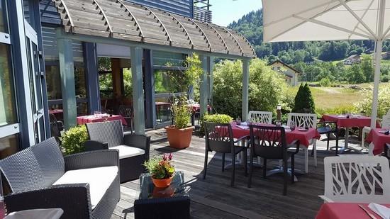 Restaurants, Berggasthaüser, Imbisse, Lokale Spezialitäten und Bars