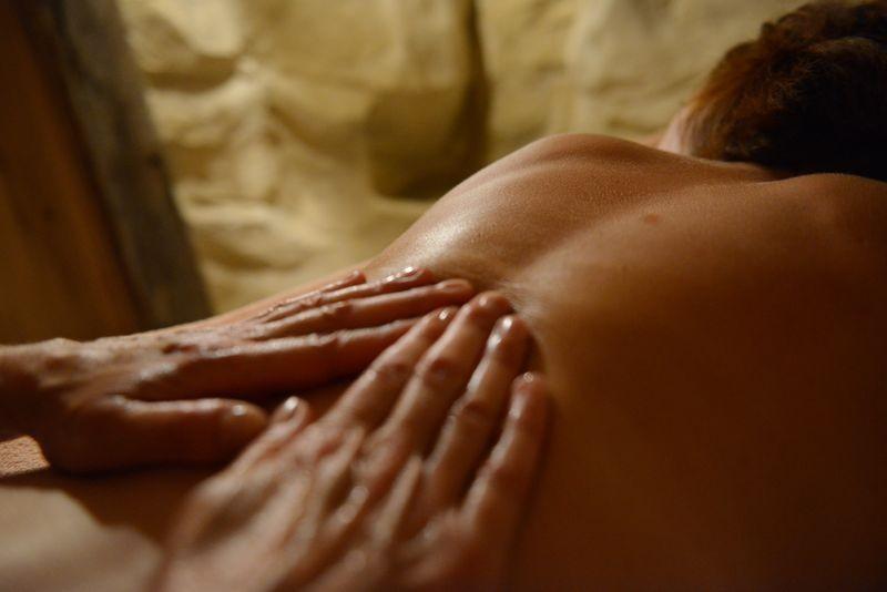 bains-pheniciens-massage-dos-bien-etre-19-822
